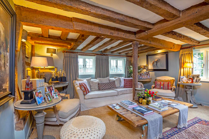 English Cottage Living Room Decor, Cottage Living Room